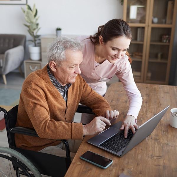 Elderly-Caregivers-24-hour-care