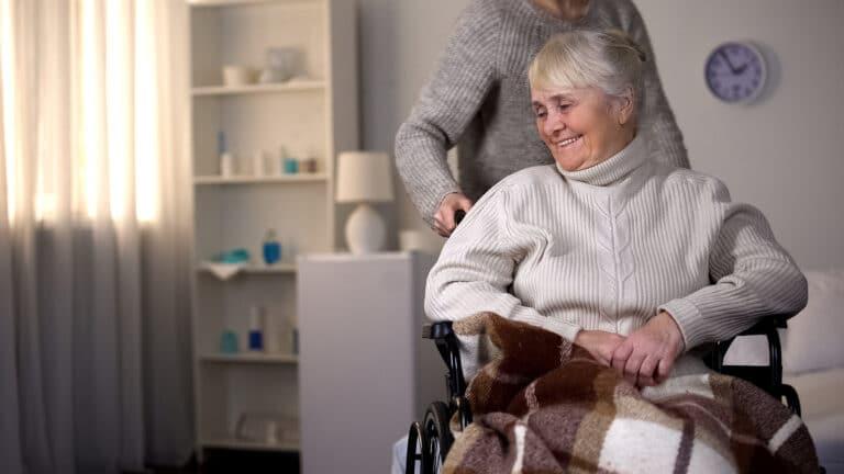 24 hour elderly caregivers of Danbury CT, New York area